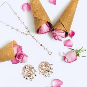 What Is Fashion Jewelry